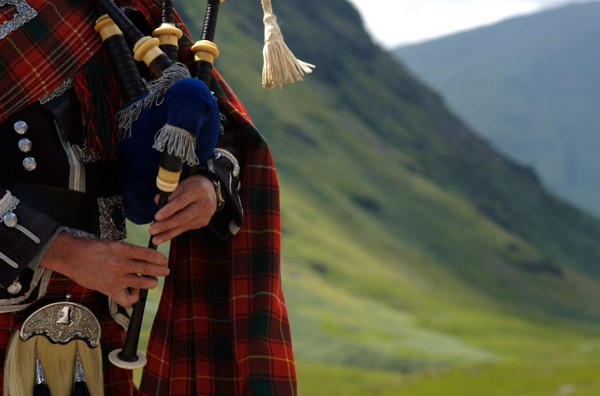 bagpipe in scotland