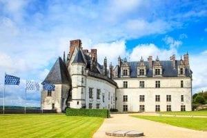 21426632_loire-valley-chateau-amboise-leonardo-da-vinci