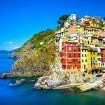 The village of Riomaggiore perched on the cliffs, Cinque Terre, Italy